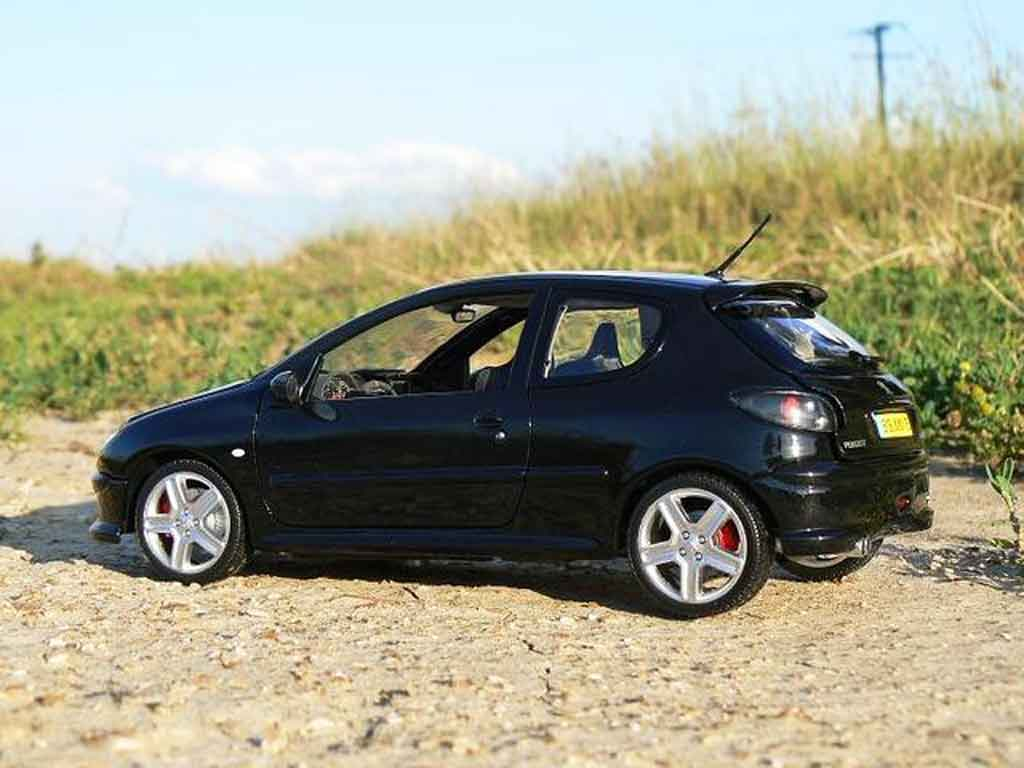 Auto miniature Peugeot 206 RC noire preparation esquiss auto tuning tuning Norev. Peugeot 206 RC noire preparation esquiss auto tuning miniature 1/18