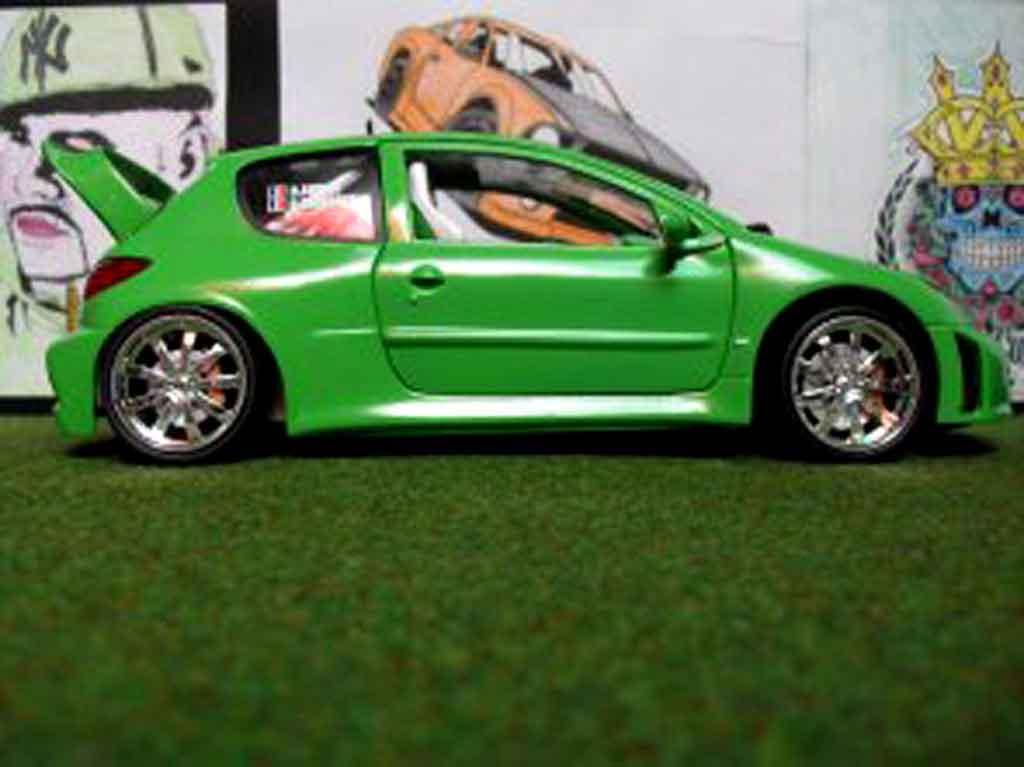 Peugeot 206 WRC 1/18 Solido mela verde tuning coche miniatura