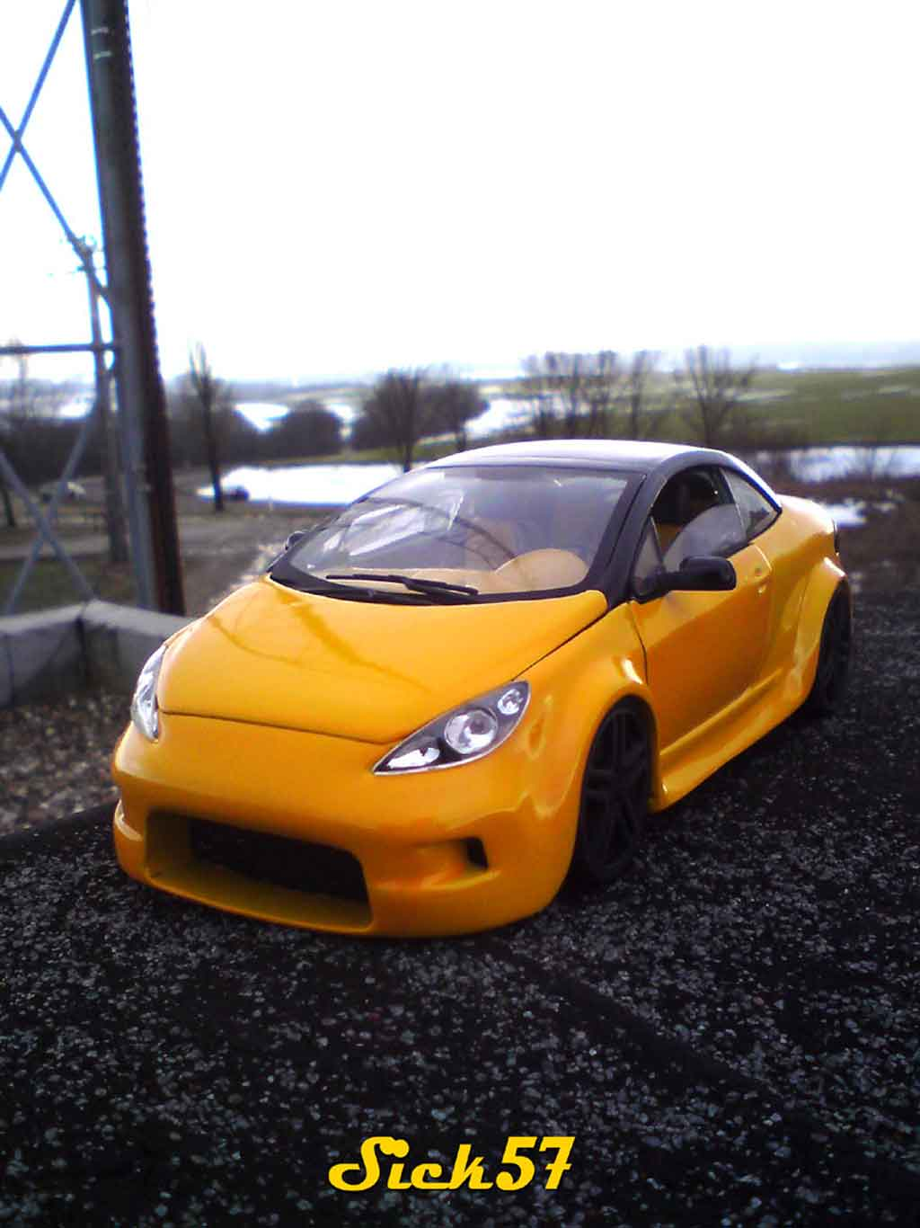Peugeot 307 CC 1/18 Solido show car yellow