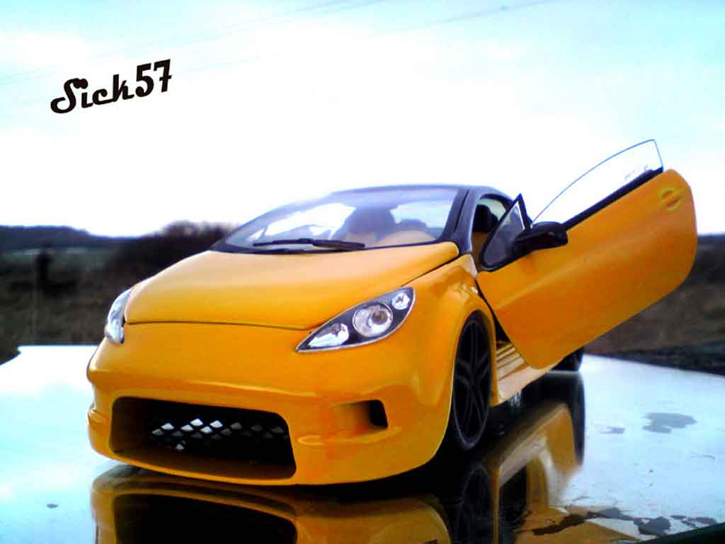 Peugeot 307 CC 1/18 Solido show car yellow tuning diecast model cars