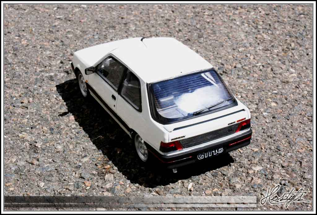 Peugeot 309 GTI 16 1/18 Ottomobile 16 soupapes white