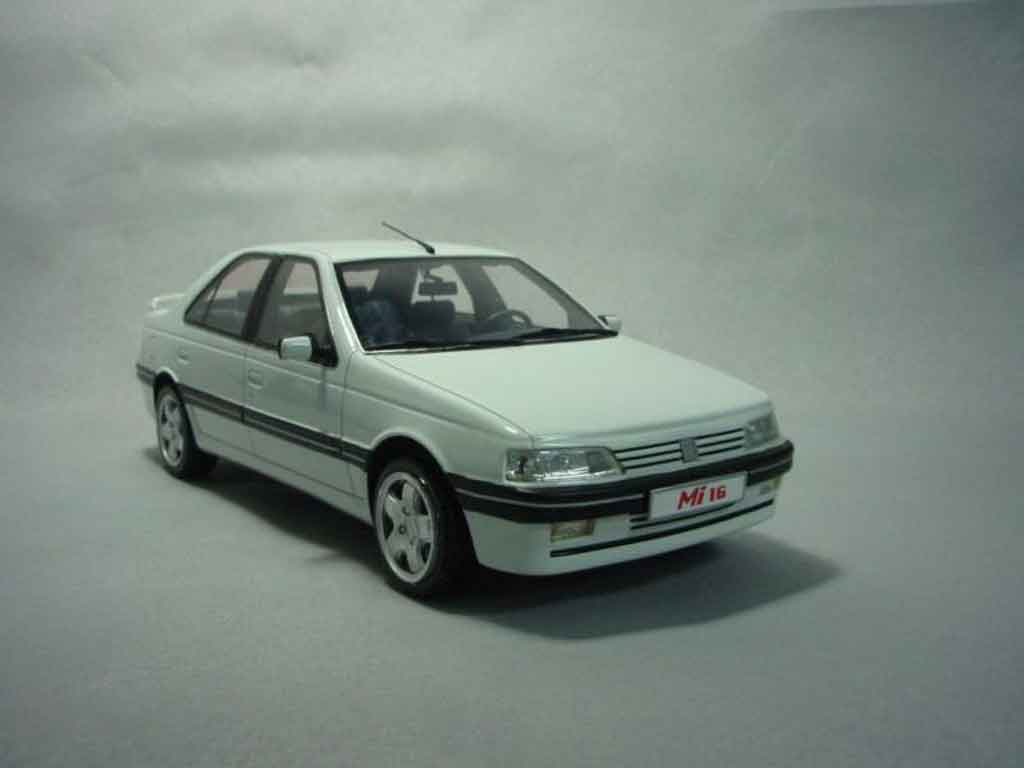 Peugeot 405 Mi16 1/18 Ottomobile phase 2 1992 blanche miniature