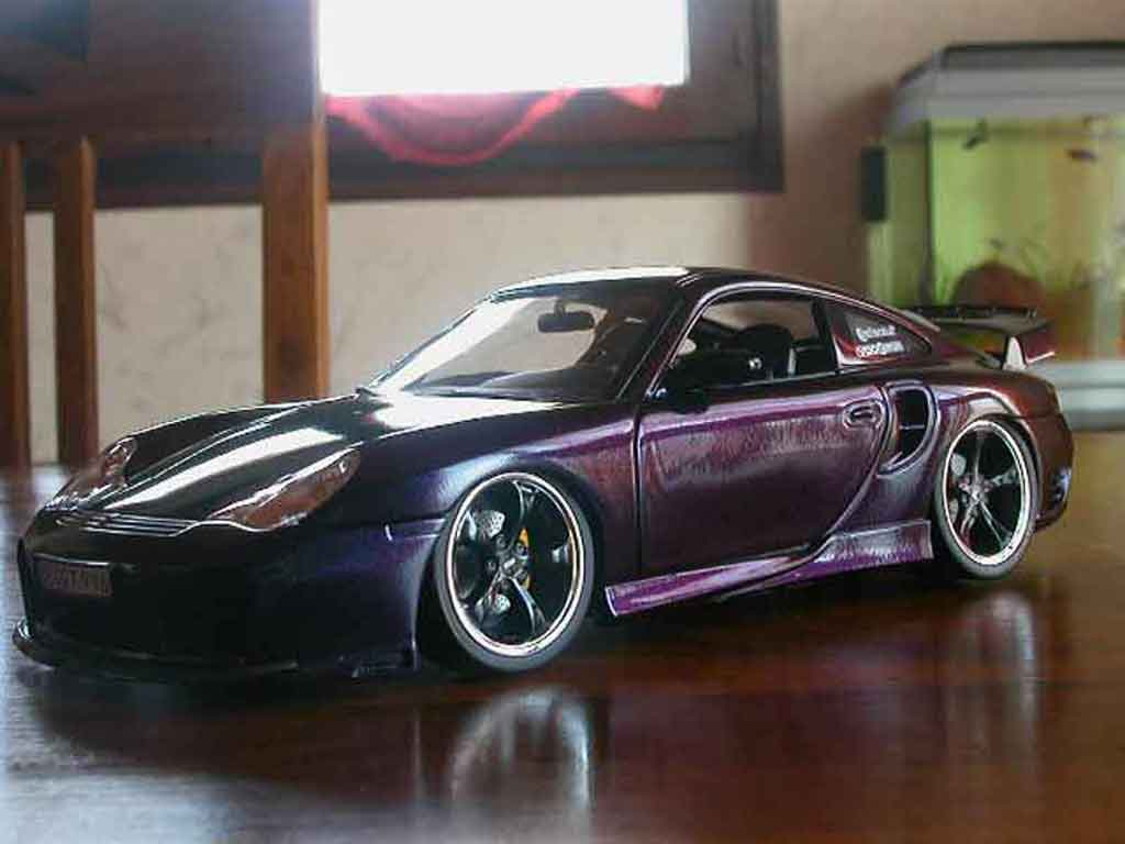 Porsche 996 Turbo 1/18 Hotworks techart cameleon