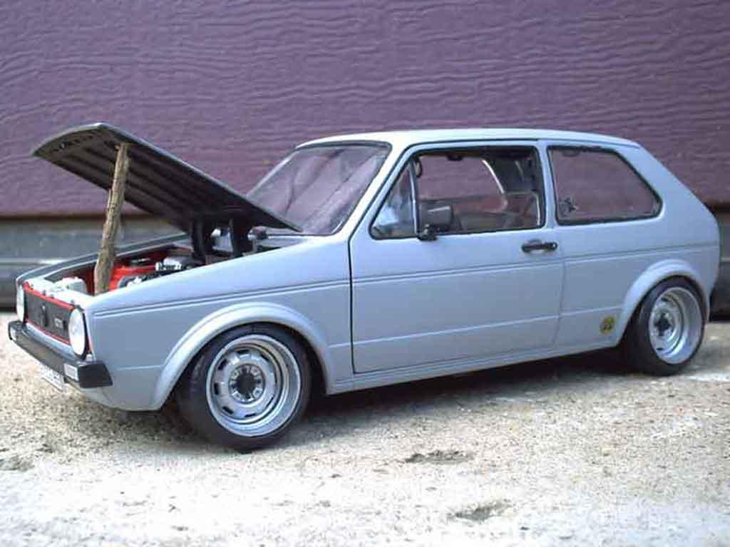 Volkswagen Golf 1 GTI 1/18 Solido jantes toles bords larges capot poli