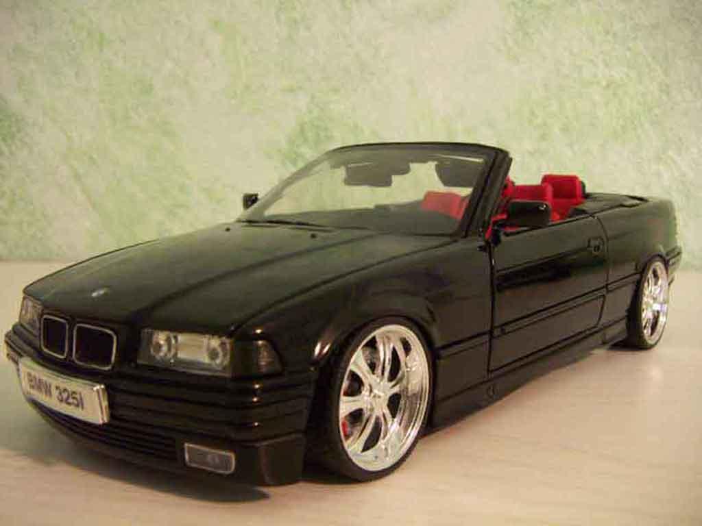 Bmw 325 E36 1/18 Maisto cabriolet noire jantes 18 pouces tuning miniature