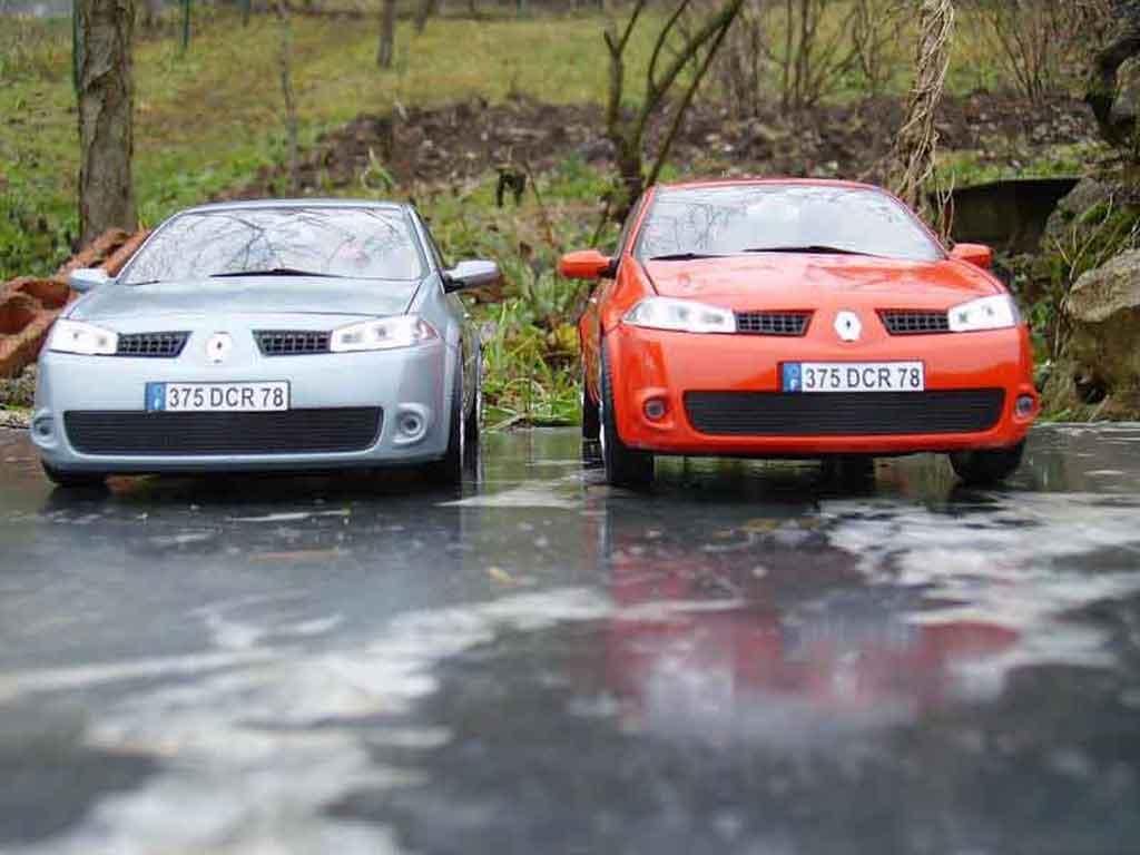 Renault Megane Sport 1/18 Burago rs gray