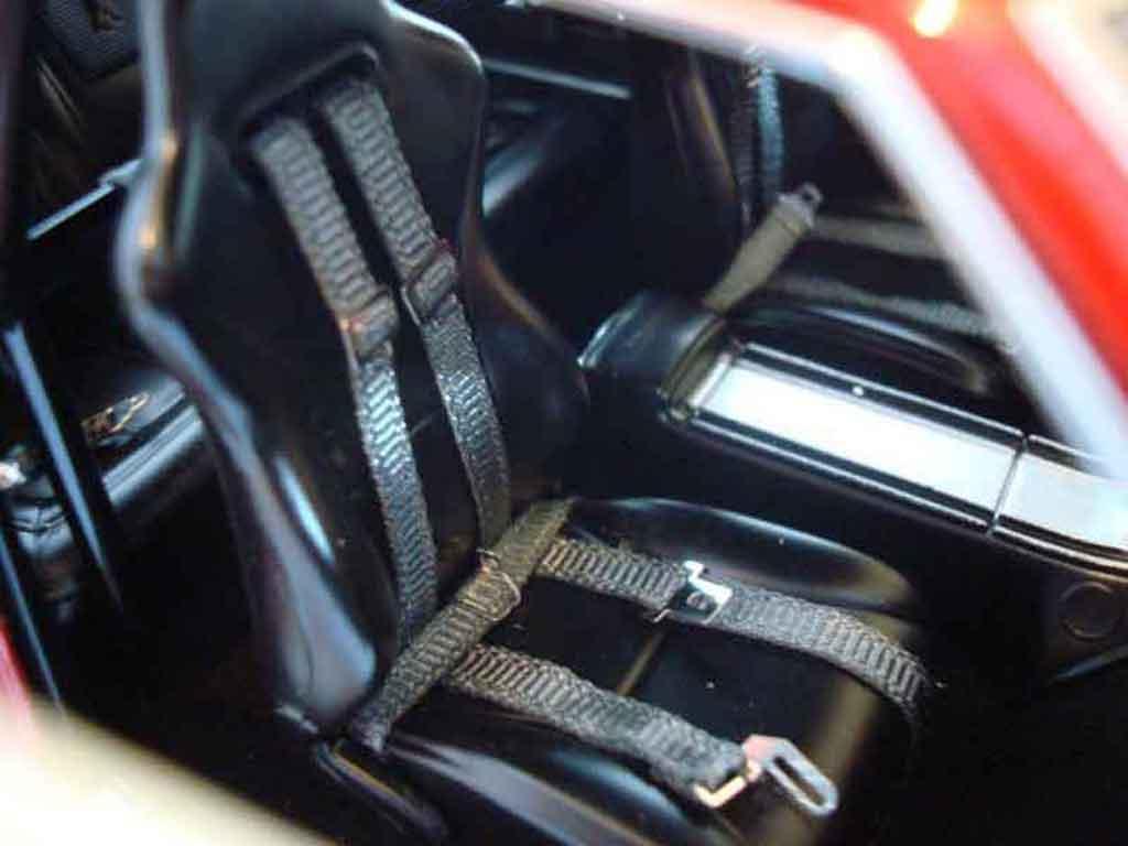 Plymouth GTX 1/18 GMP 426 hemi gtx in rallye red