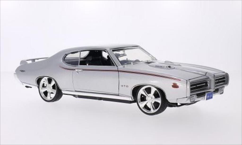 Pontiac GTO 1/18 Motormax Judge Tuning metallise grise/Dekor 1969 miniature