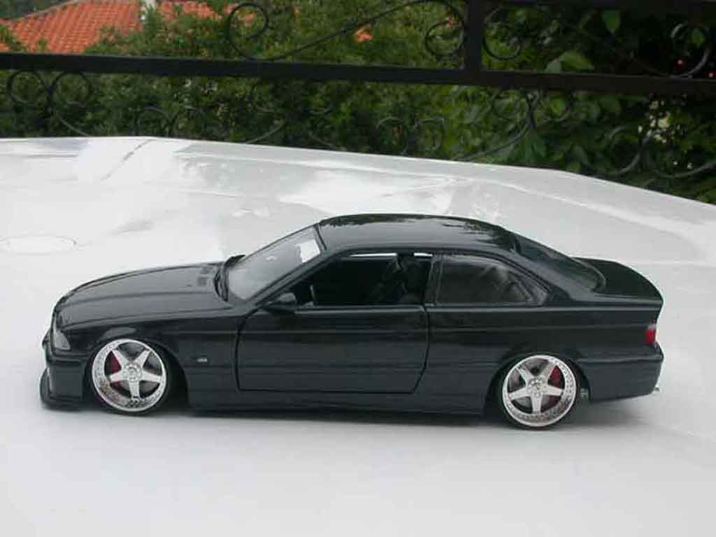 Bmw M3 E36 1/18 Ut Models coupe black jantes andrew racing