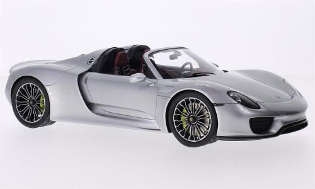Porsche 918 Spyder silber Spark. Porsche 918 Spyder silber modellauto 1/18