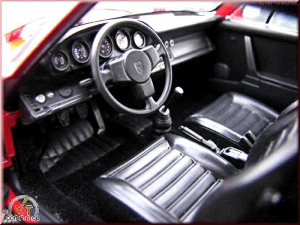 Porsche 930 RS 1/18 Autoart 3.0 carrera red jantes fuchs 1974