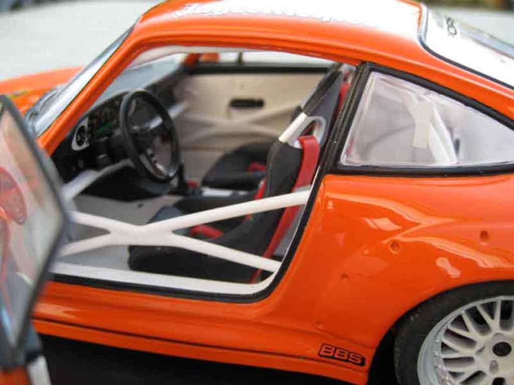 Porsche 993 GT2 1/18 Ut Models jagermeister