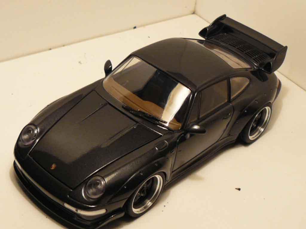 Porsche 993 GT2 1/18 Ut Models titanium grigia jantes a deport