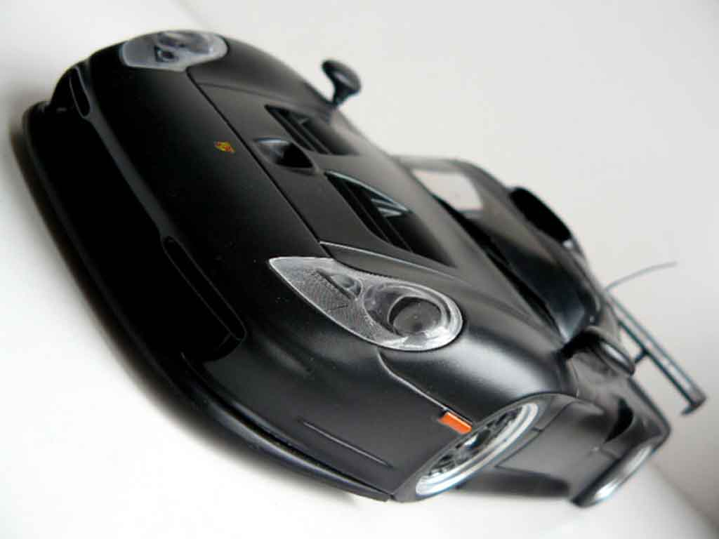 Porsche 996 Gt1 Black Ut Models Diecast Model Car 1 18