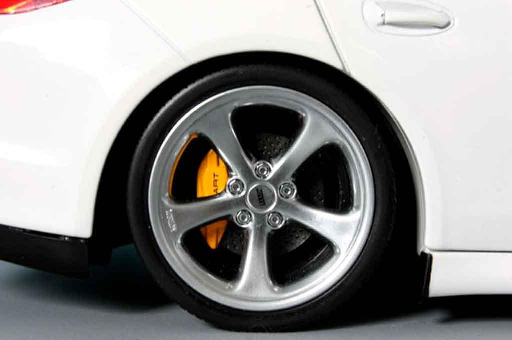 Porsche Panamera 1/18 Norev 4s blanche