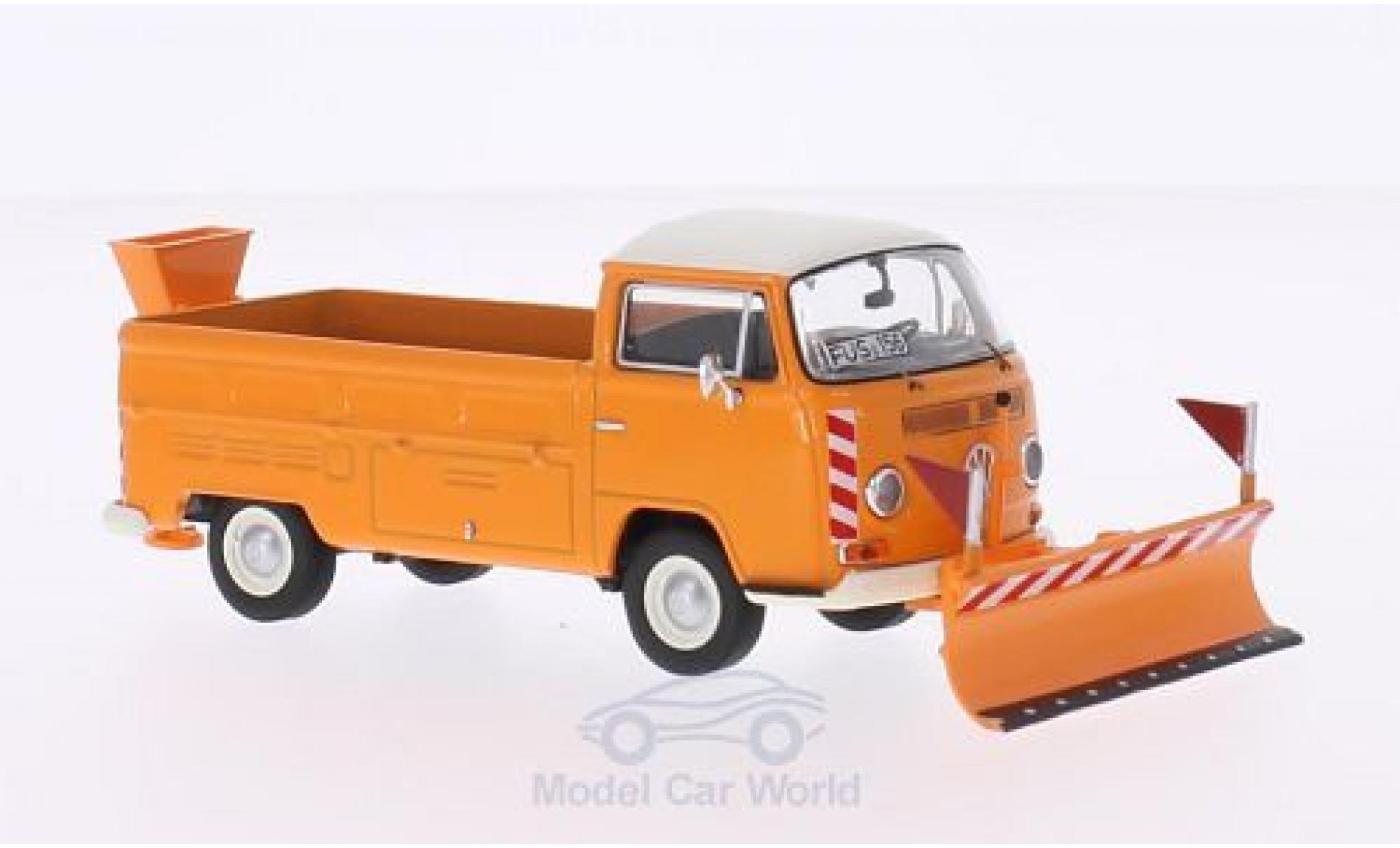Volkswagen T2 A 1/43 Premium ClassiXXs a Pritsche orange/blanche Winterdienst mit Räumschild und Salzstreuer