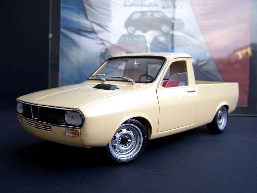 Renault 12 Pick up 1/18 Solido beige tuning miniature