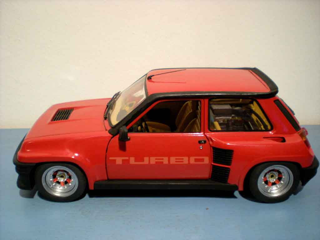 Renault 5 Turbo rouge jantes gotti 073r tuning Universal Hobbies. Renault 5 Turbo rouge jantes gotti 073r miniature miniature 1/18