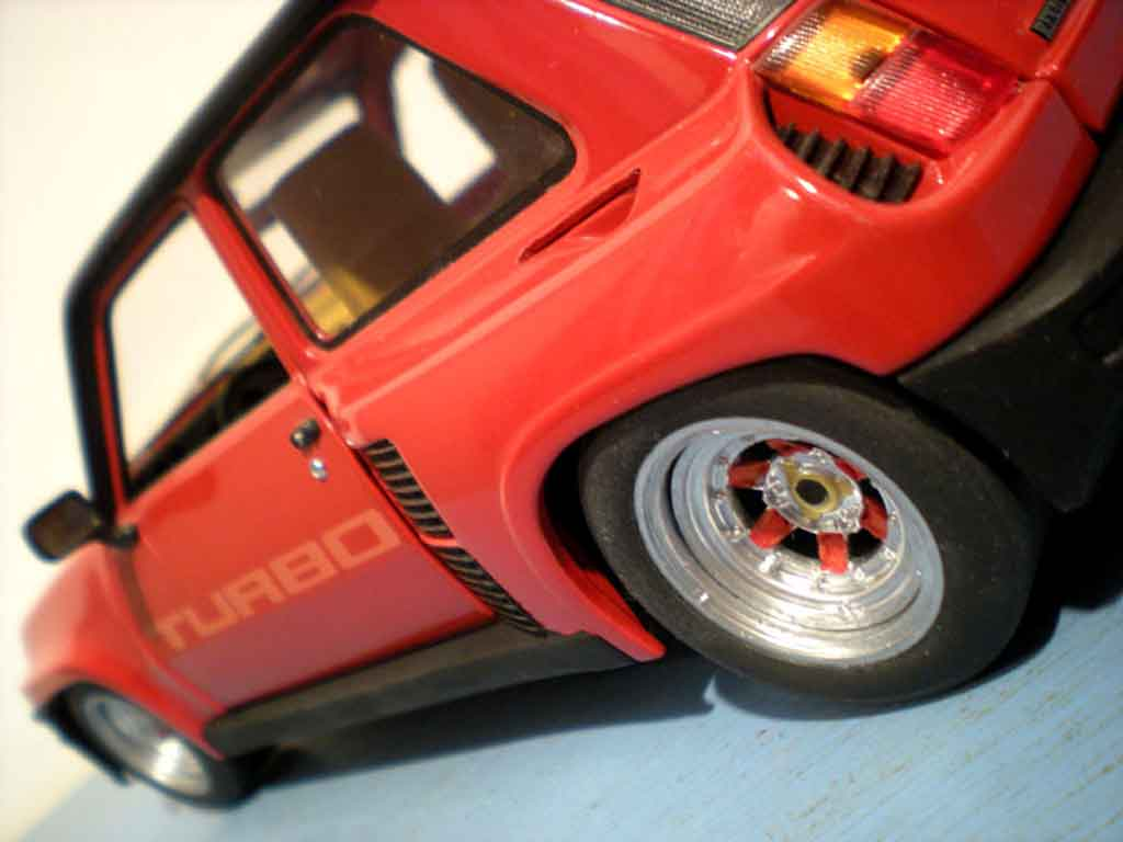 Auto miniature Renault 5 Turbo rouge jantes gotti 073r tuning Universal Hobbies. Renault 5 Turbo rouge jantes gotti 073r miniature 1/18
