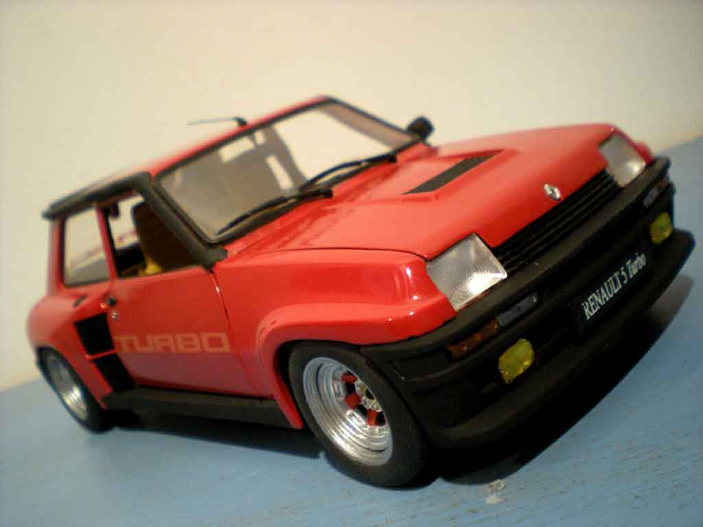 Mod�le r�duit Renault 5 Turbo rouge jantes gotti 073r tuning Universal Hobbies. Renault 5 Turbo rouge jantes gotti 073r miniature 1/18