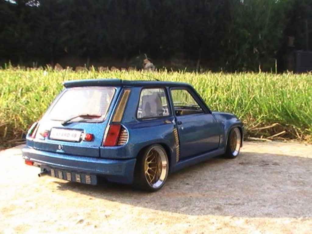 Renault 5 Turbo version williams tuning Universal Hobbies. Renault 5 Turbo version williams miniature miniature 1/18