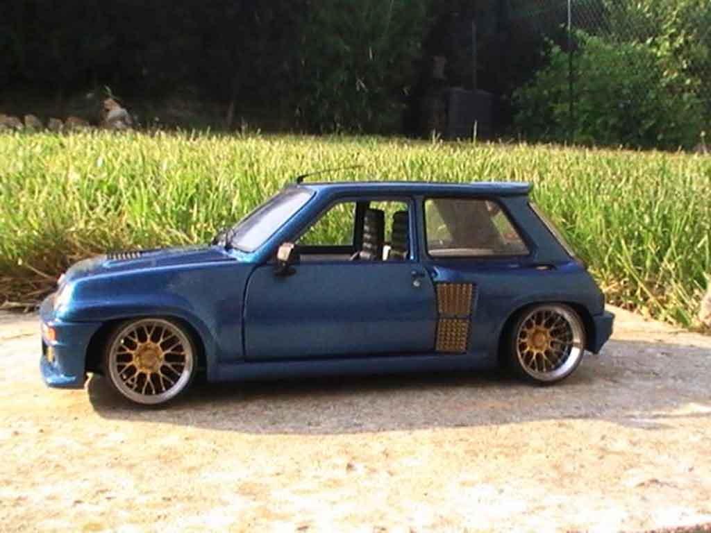 Renault 5 Turbo version williams tuning Universal Hobbies. Renault 5 Turbo version williams miniature mod�le r�duit 1/18