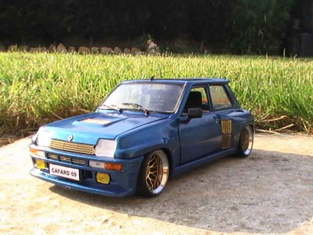 Auto miniature Renault 5 Turbo version williams tuning Universal Hobbies. Renault 5 Turbo version williams miniature 1/18