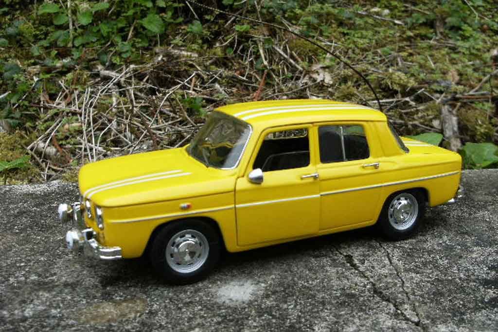 renault 8 gordini rally monte carlo 1969 solido diecast model car 1 18 buy sell diecast car on. Black Bedroom Furniture Sets. Home Design Ideas