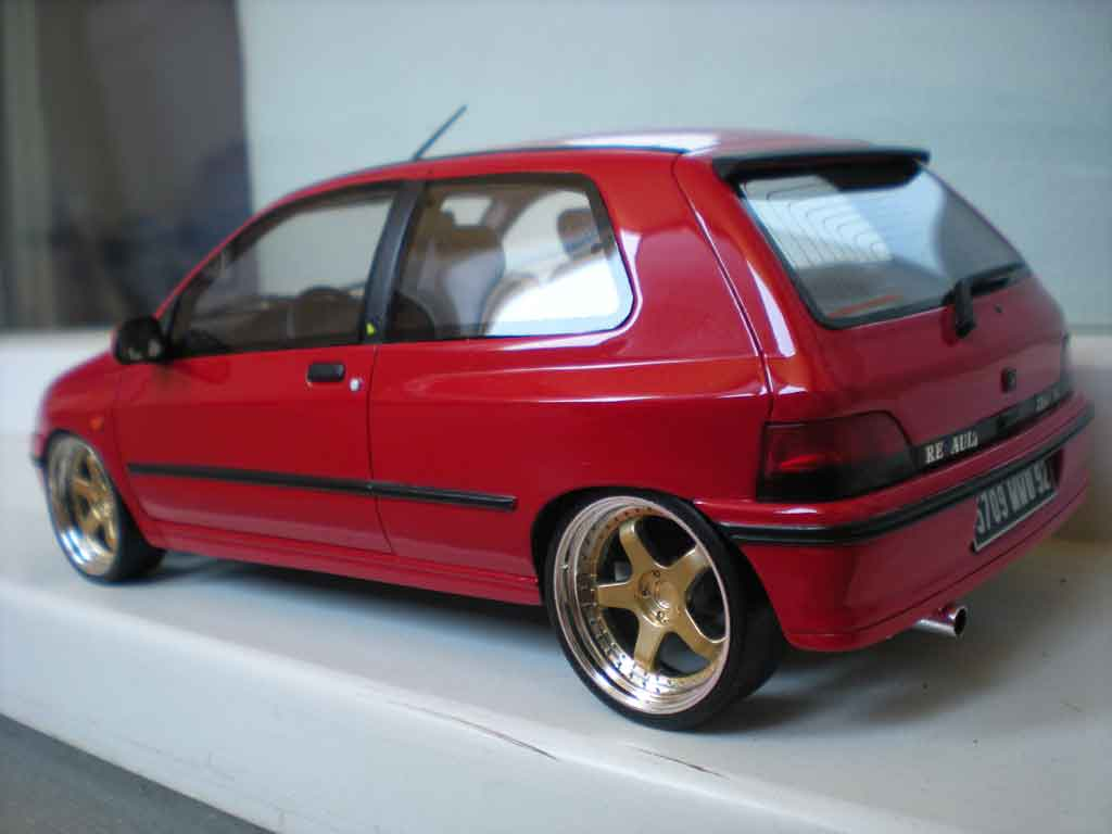 renault clio 16s miniature 1991 rouge jantes 17 pouces ottomobile 1 18 voiture. Black Bedroom Furniture Sets. Home Design Ideas