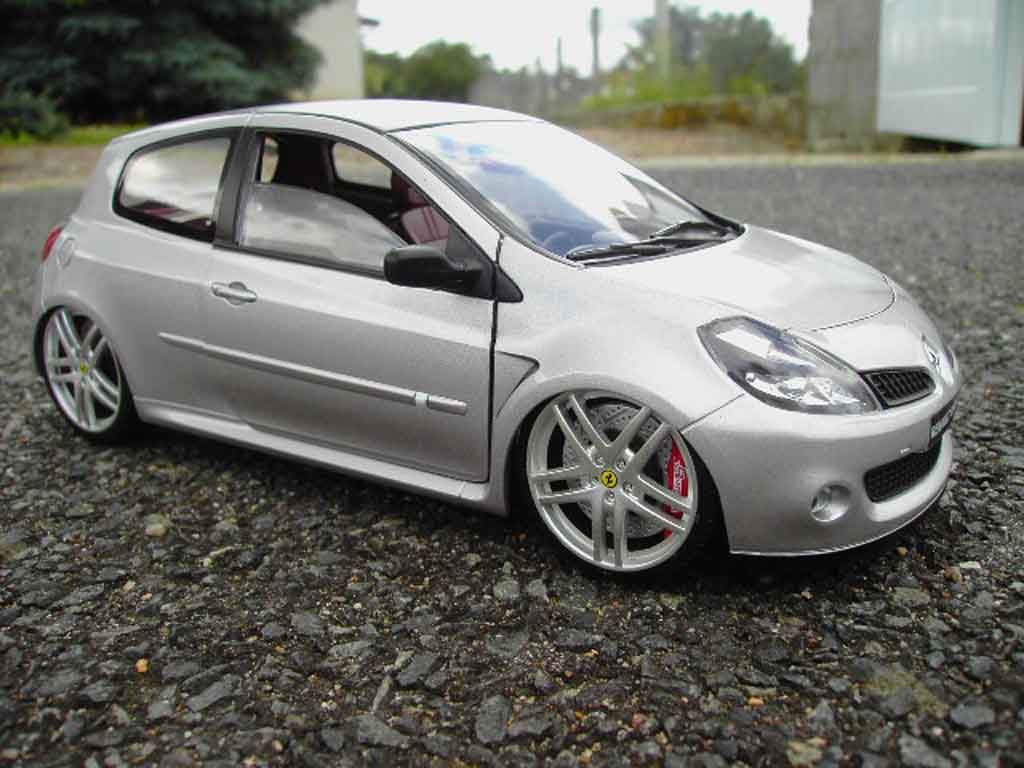 renault clio 3 rs miniature grise jantes ferrari f430 solido 1 18 voiture. Black Bedroom Furniture Sets. Home Design Ideas