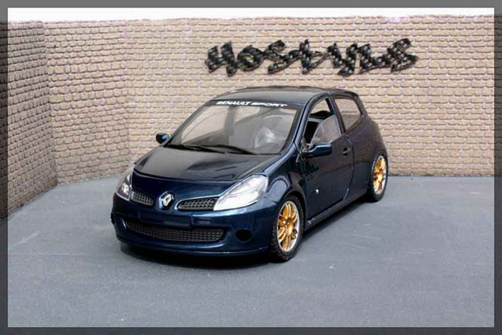 Renault Clio 3 RS 1/18 Solido williams
