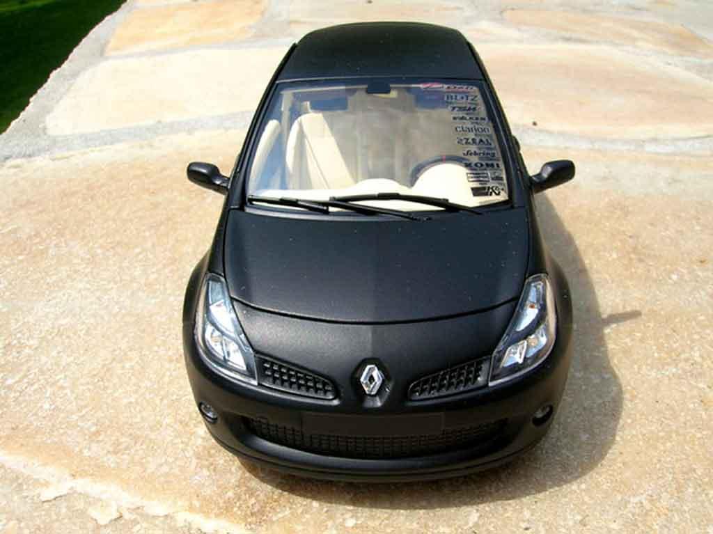 Renault Clio 3 RS 1/18 Solido noir mat jantes c4 wrc