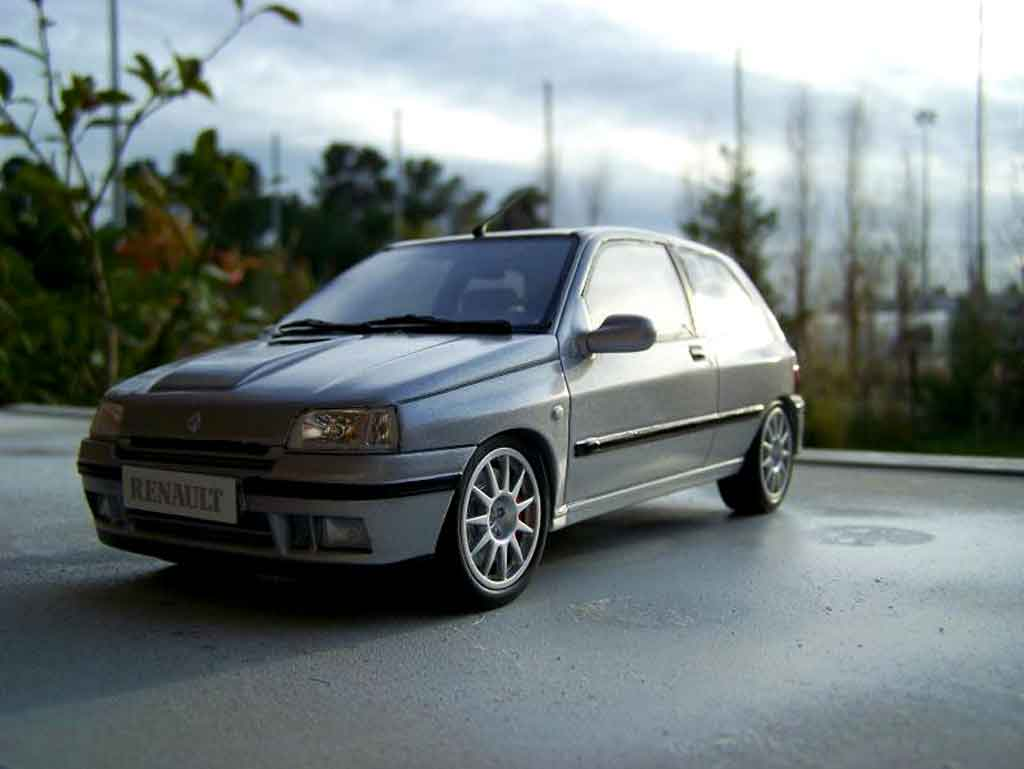 Renault Clio Williams 1/18 Ottomobile jantes ragnotti tuning modellautos