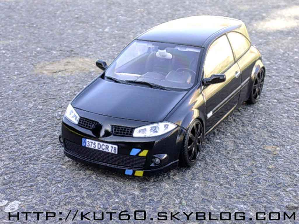 Renault Megane Sport 1/18 Burago rs f1 team black kit xenon tuning miniature