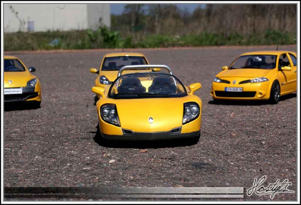 Renault Spider jaune sirius tuning Anson. Renault Spider jaune sirius miniature auto miniature 1/18