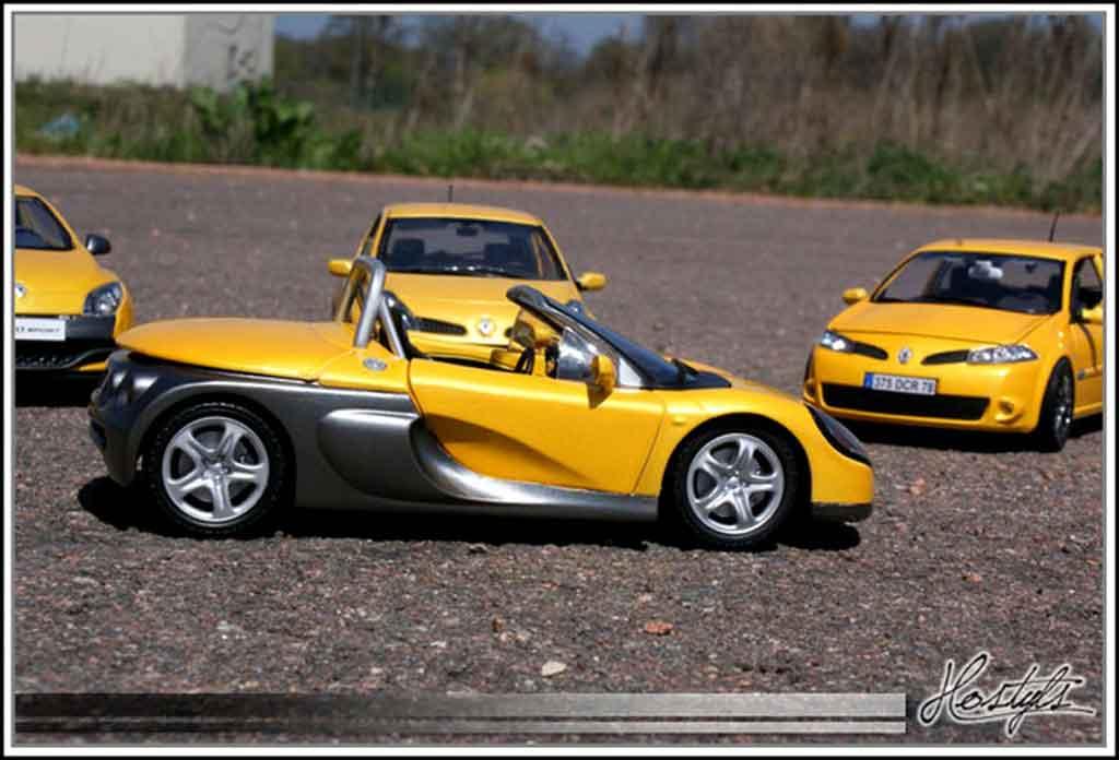 Renault Spider jaune sirius tuning Anson. Renault Spider jaune sirius miniature mod�le r�duit 1/18