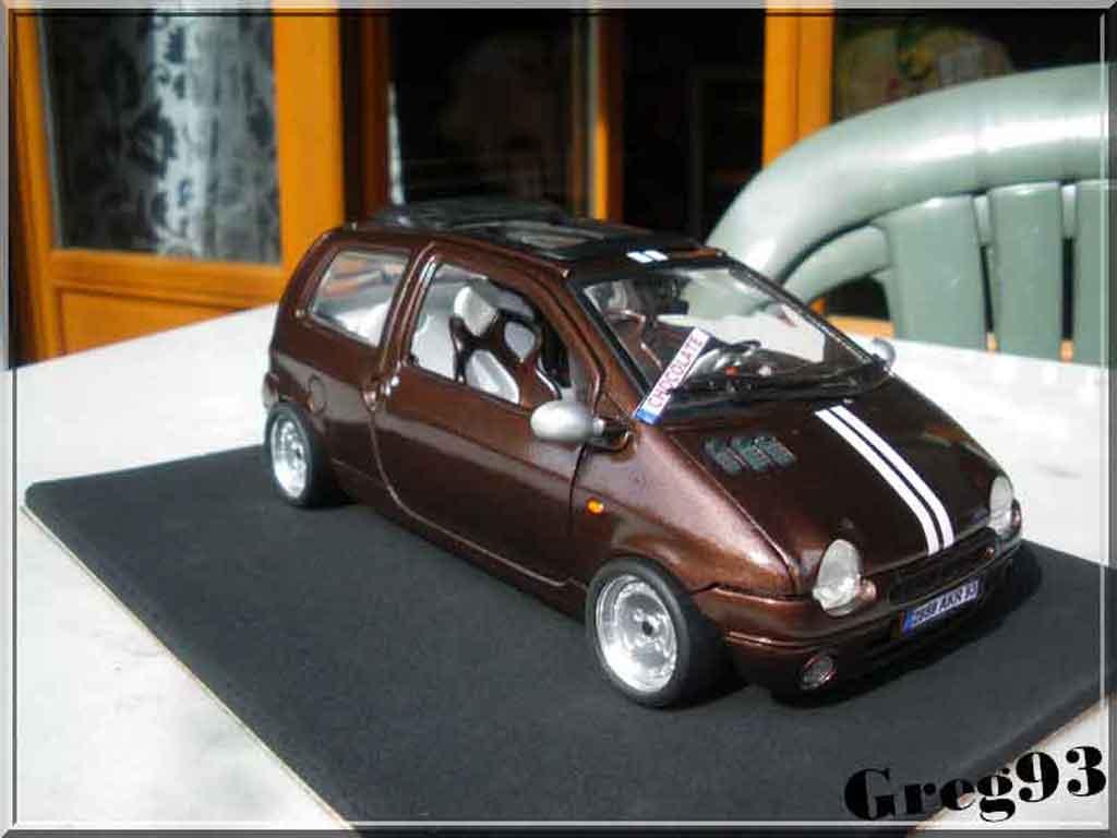 Renault Twingo 1/18 Anson chocolate jantes ronal