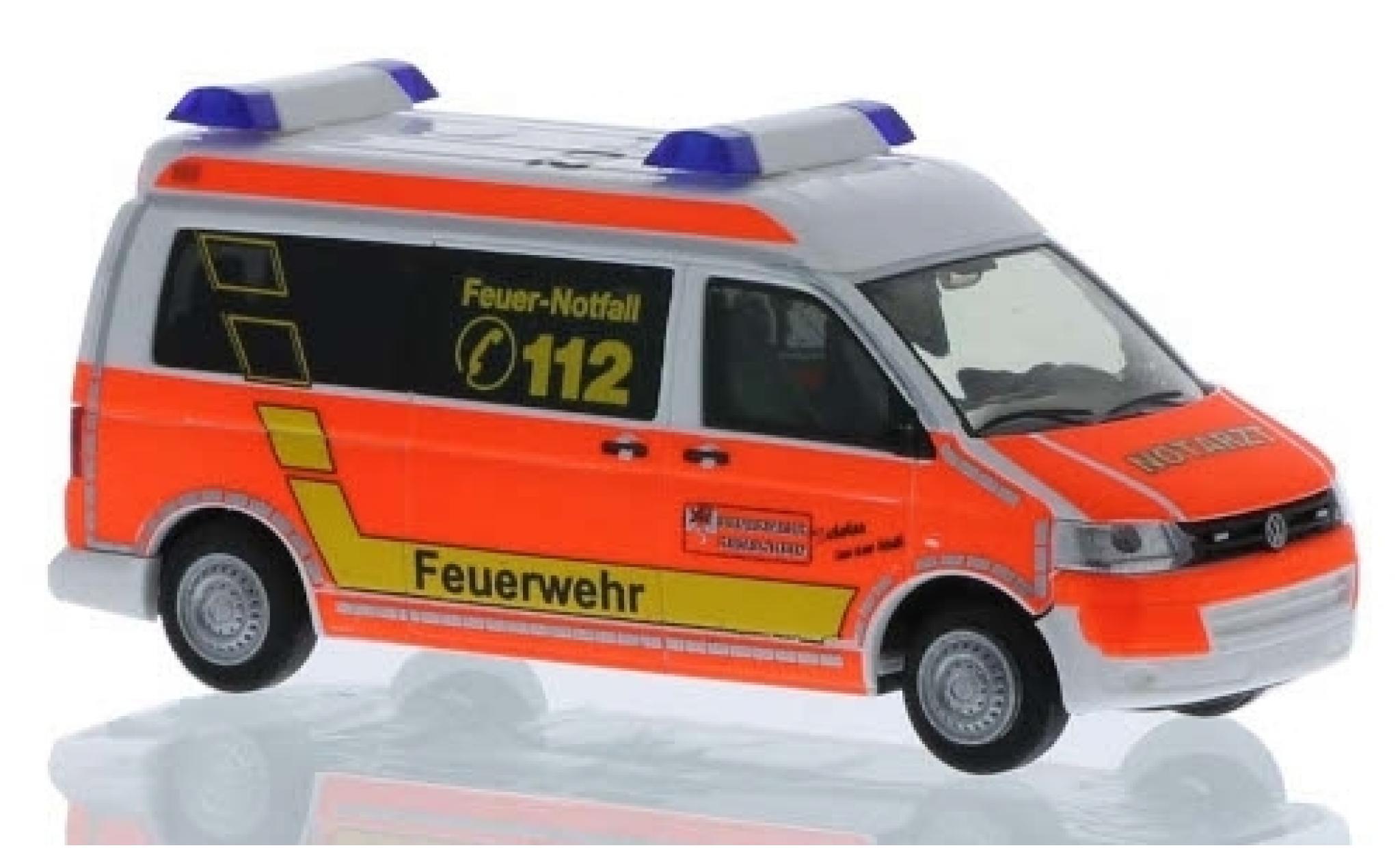 Volkswagen T5 1/87 Rietze RTW Feuerwehr Remscheid 2010