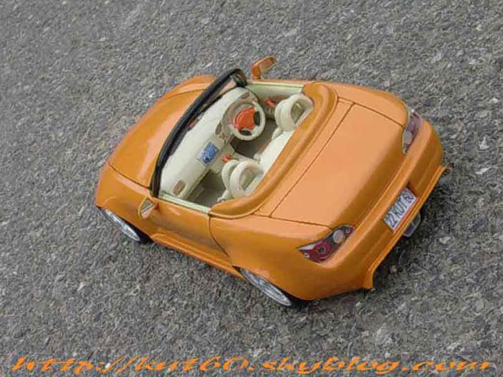 Honda S2000 1/18 Maisto orange tuning