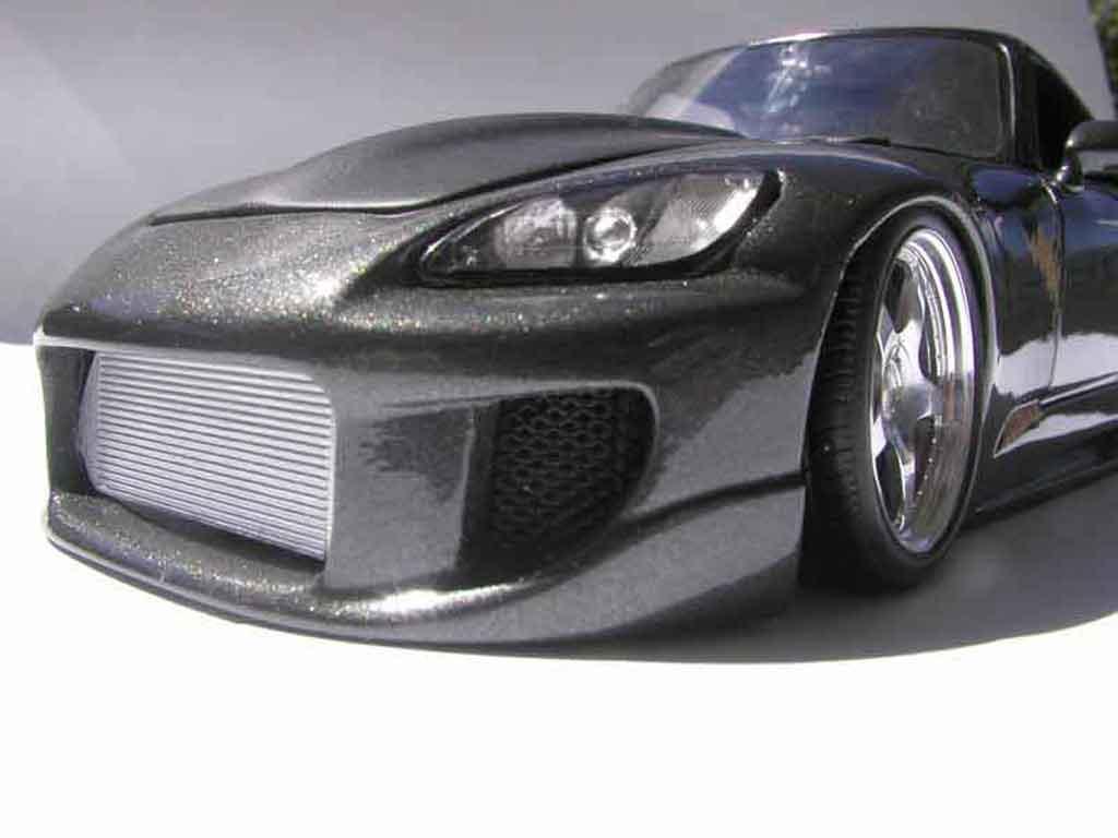 Honda S2000 1/18 Maisto noire kit carrosserie