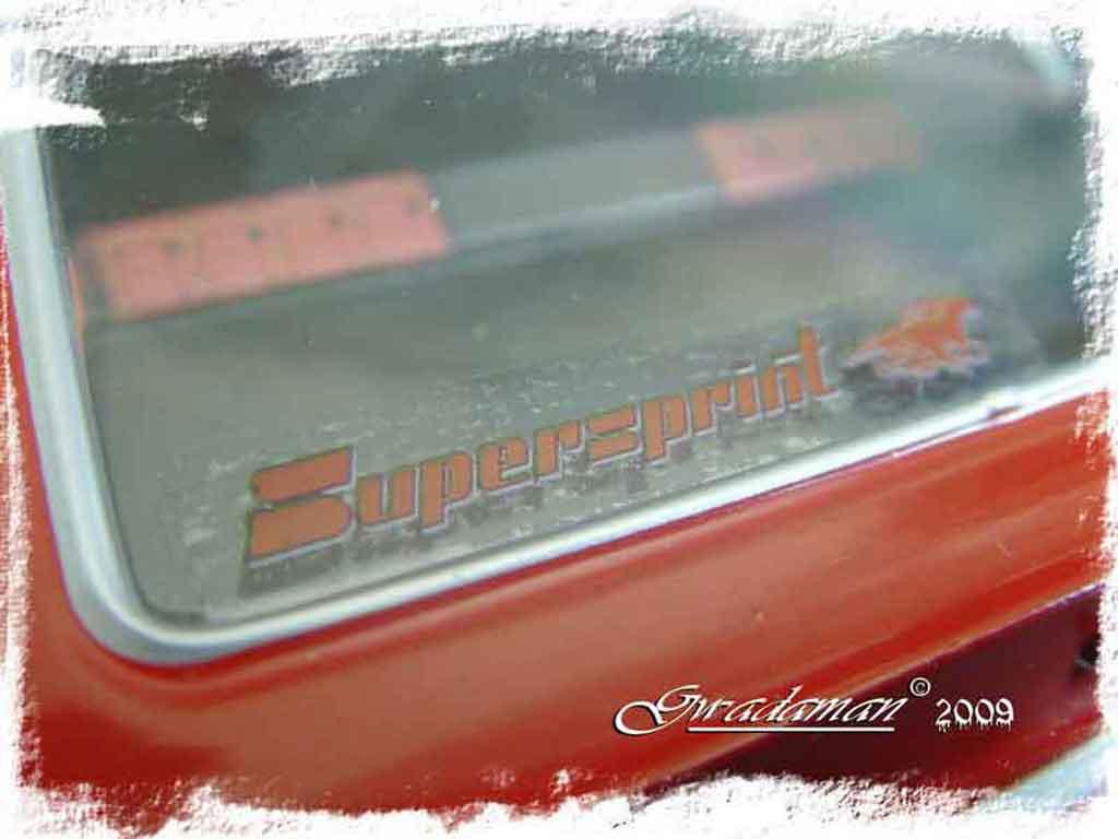 Volkswagen Scirocco GTI 1/18 Revell red ligne supersprint