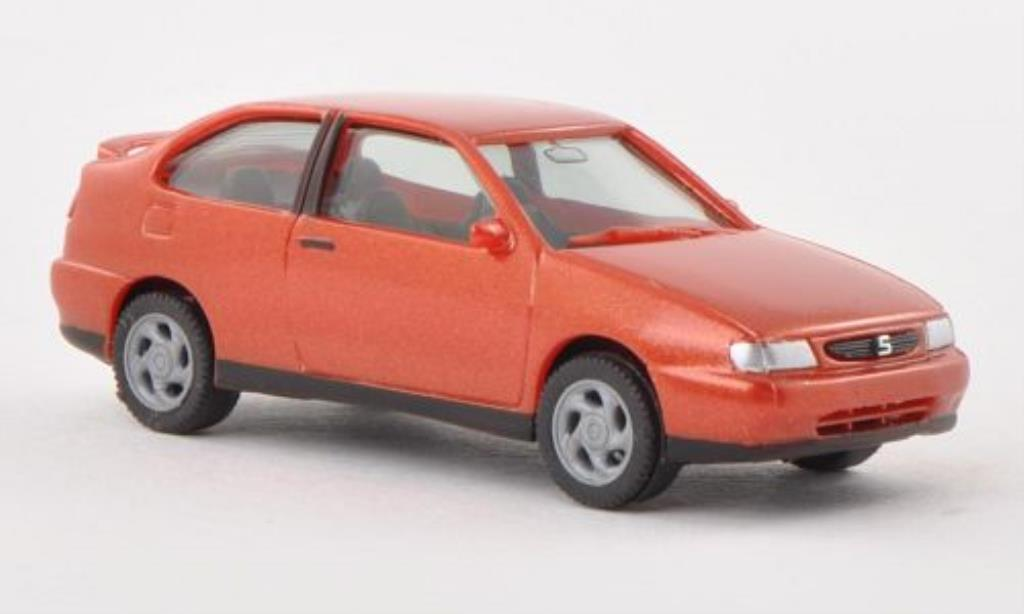 Seat Cordoba 1/87 Herpa I SX orange miniature