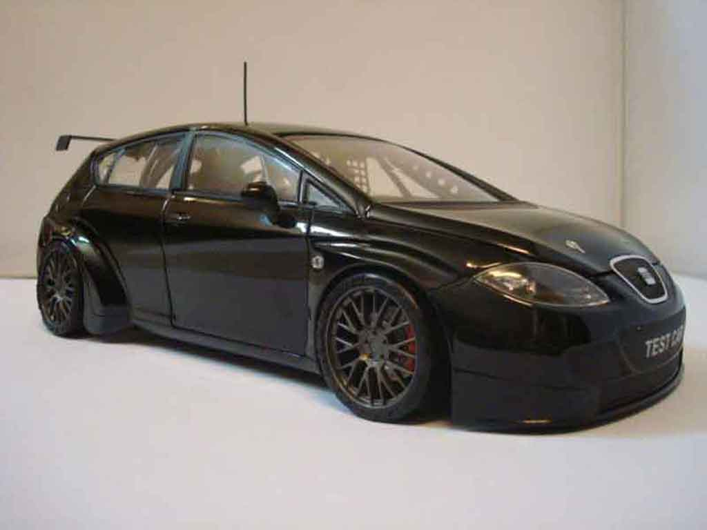 Seat Leon 1/18 Guiloy wtcc test car noir miniature