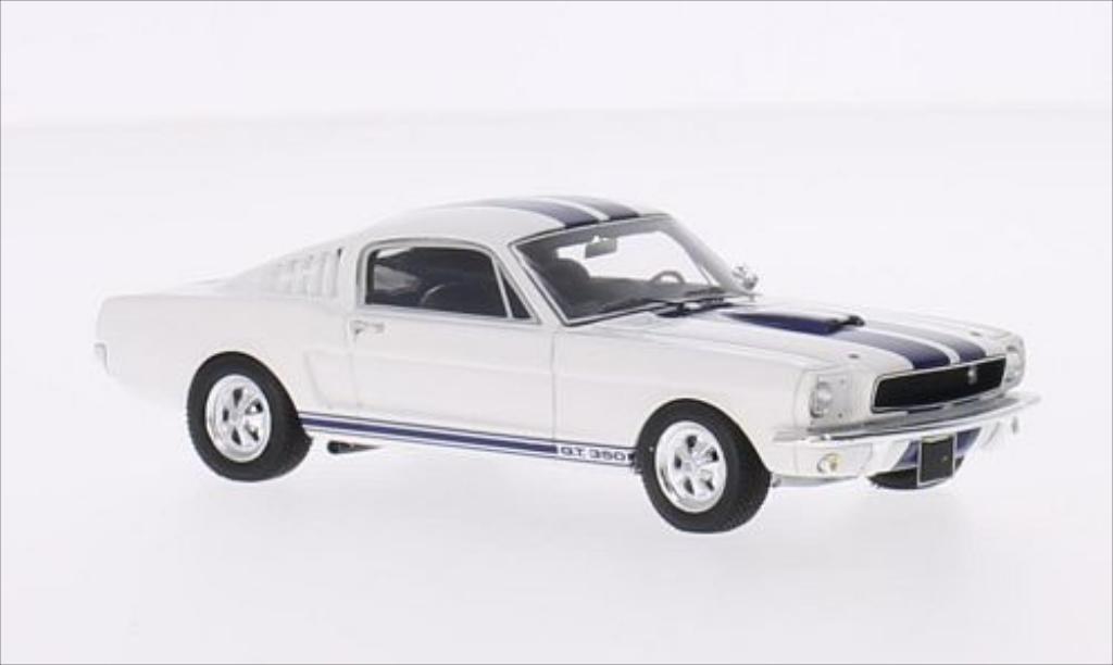 Shelby GT 1/43 Spark 350 blanche/bleu 1966 miniature