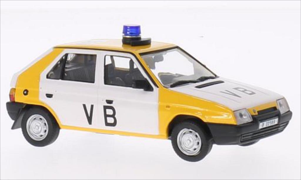 Skoda Favorit 1/43 Abrex 136L VB vyroci Sametove revoluce jaune/blanche miniature