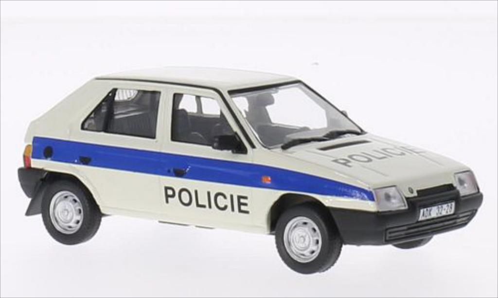 Skoda Favorit 1/43 Abrex 1987 miniature