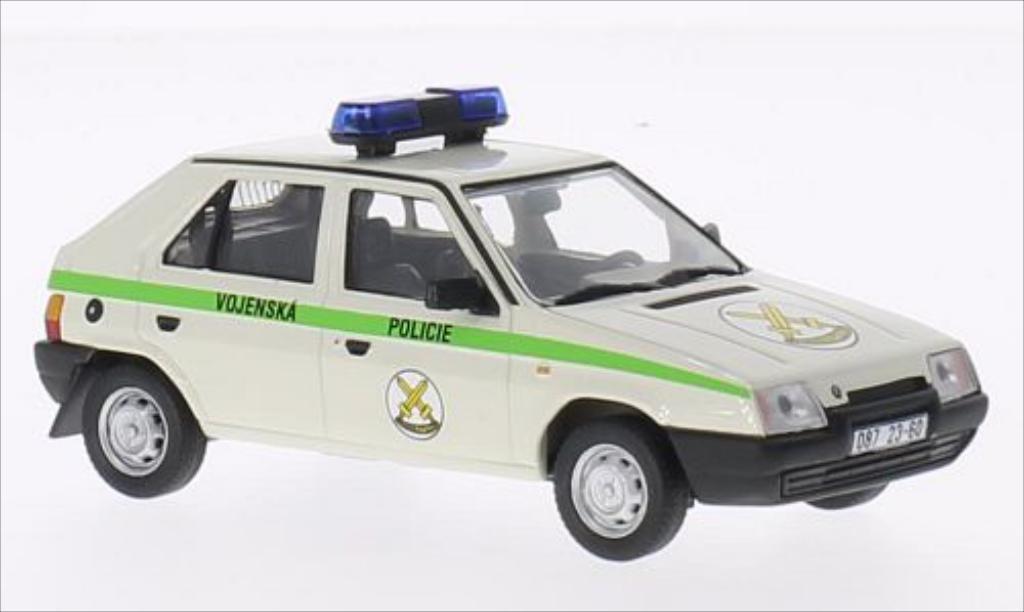Skoda Favorit 1/43 Abrex Vojenska Policie 1994 Hlavni velitelstvi RZ 087 1987 miniature