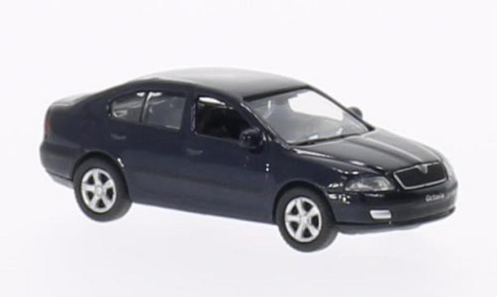 Skoda Octavia 1/87 Welly bleu miniature
