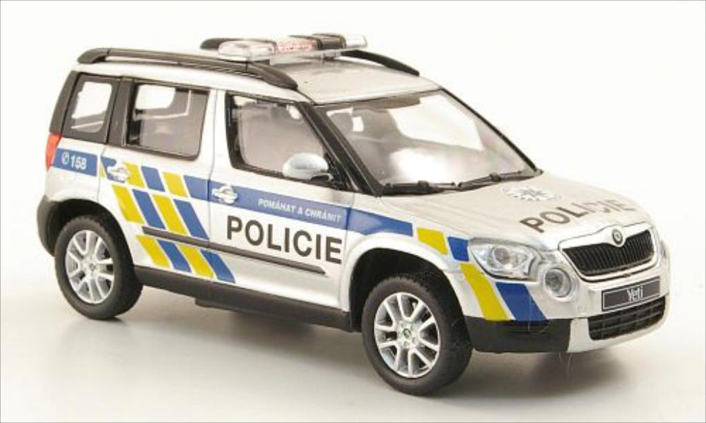 skoda yeti miniature polizei tschechien abrex 1 43 voiture. Black Bedroom Furniture Sets. Home Design Ideas