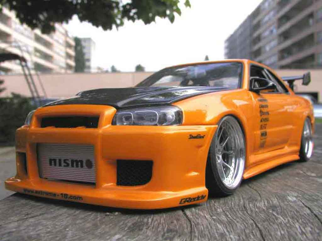 nissan skyline r34 gt aileron et capot carbone r autoart modellauto 1 18 kaufen verkauf. Black Bedroom Furniture Sets. Home Design Ideas